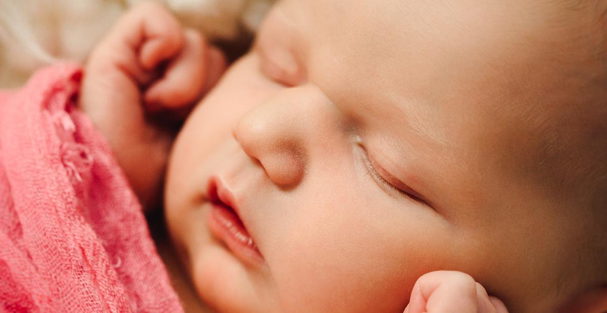 fotograf dresden bitterfeld, babyfotografie, dessau, wittenberg, halle saale, leipzig, delitzsch, babyfotos muldestausee, babyfotograf, neugeborenen fotografie, nina popp